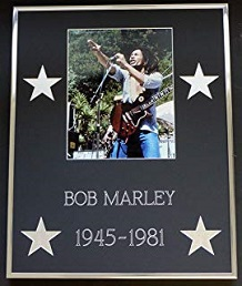 foto bob marley guitarra